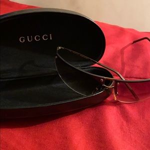 👑🐝Vintage Barely Worn Classic Gucci Sunglasses